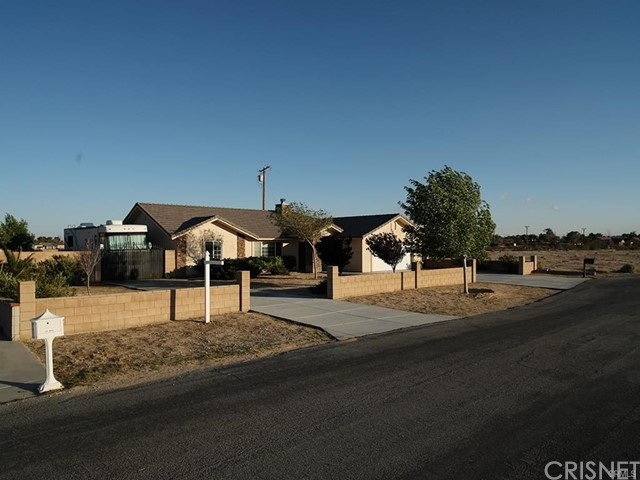 21920 Joan Court, California City, CA 93505