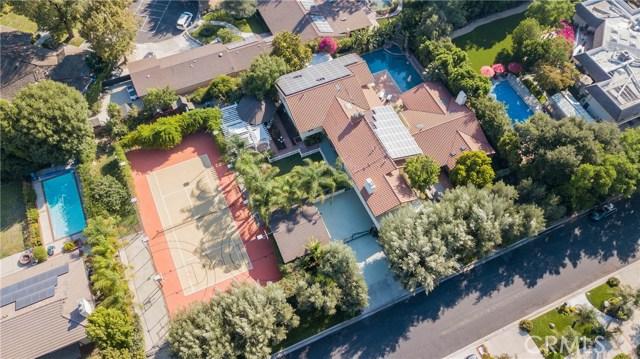 Photo of 19436 Kinzie Street, Northridge, CA 91324