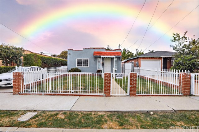 611 Magnolia Avenue, Inglewood, CA 90301