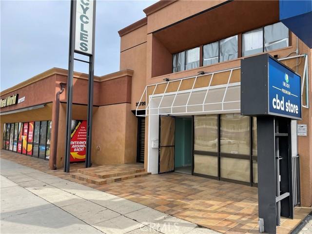 Photo of 22720 VENTURA Boulevard, Woodland Hills, CA 91364