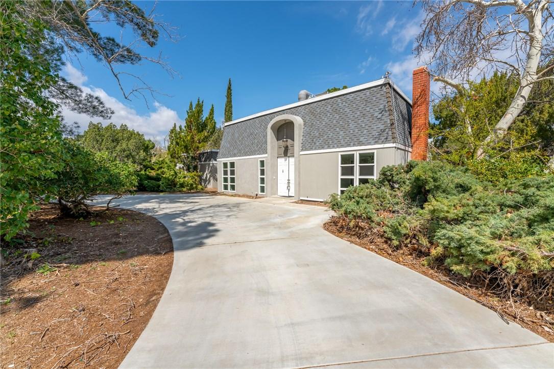 1611 W Avenue O12, Palmdale, CA 93551