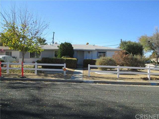 43757 Fern Avenue, Lancaster, CA 93534