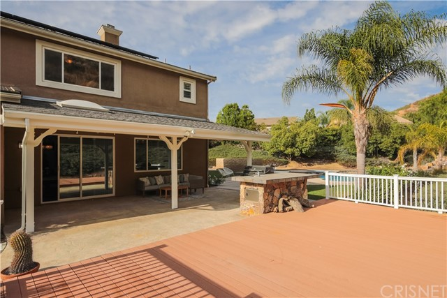30276 Barcelona Rd, Castaic, CA 91384 Photo 58