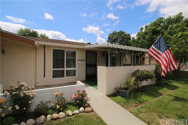 26760 Whispering Leaves Drive B, Newhall, CA 91321