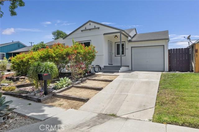 7613 Midfield Avenue, Los Angeles, CA 90045
