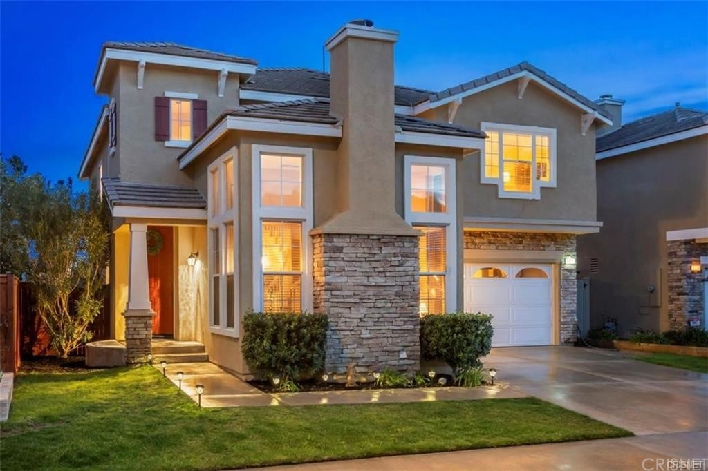 21512     Bodie Place, Saugus CA 91390