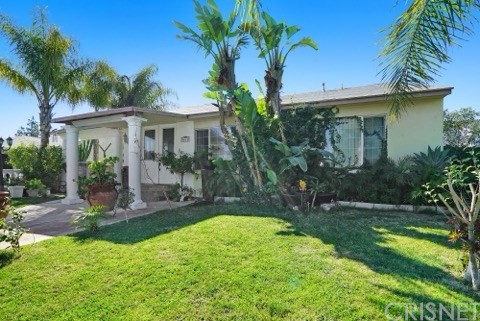 8615 Laurel Canyon Boulevard, Sun Valley, CA 91352