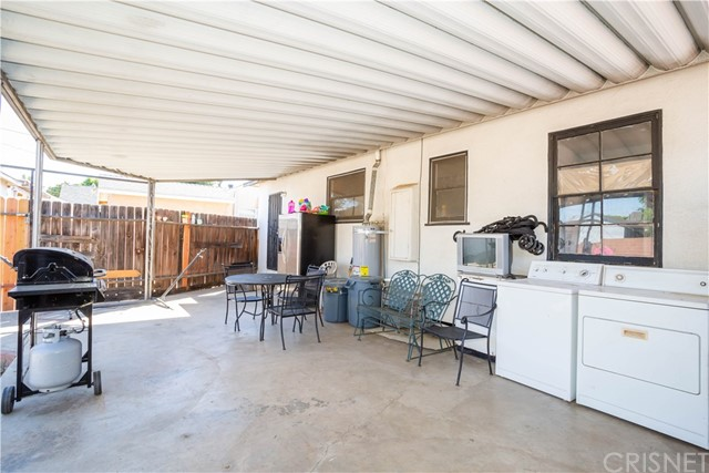 14727 Maclay St, Mission Hills (San Fernando), CA 91345 Photo 16