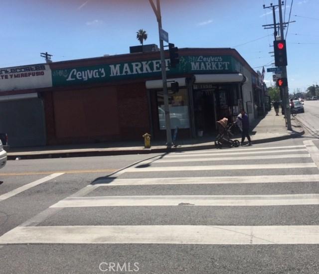 1354 W 54th Street, Los Angeles, CA 90037