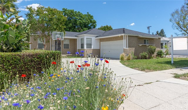 6630 Jamieson Avenue, Reseda, CA 91335