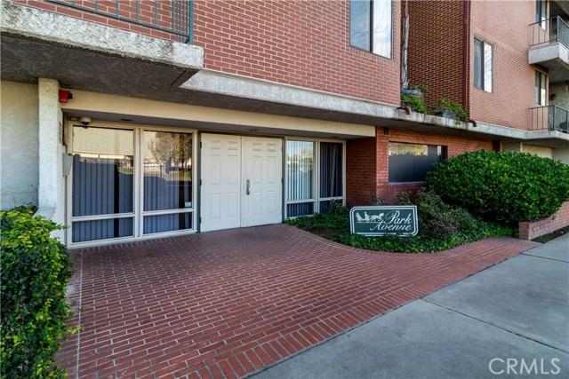 7211 Cozycroft Avenue 23, Winnetka, CA 91306