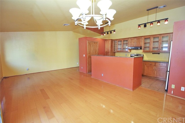 11300 Foothill Bl, Lakeview Terrace, CA 91342 Photo 10