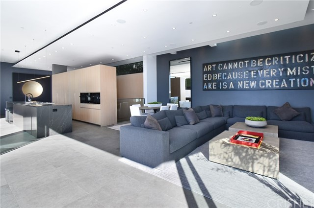 Image 6 of 1807 Blue Heights Dr, Los Angeles, CA 90069