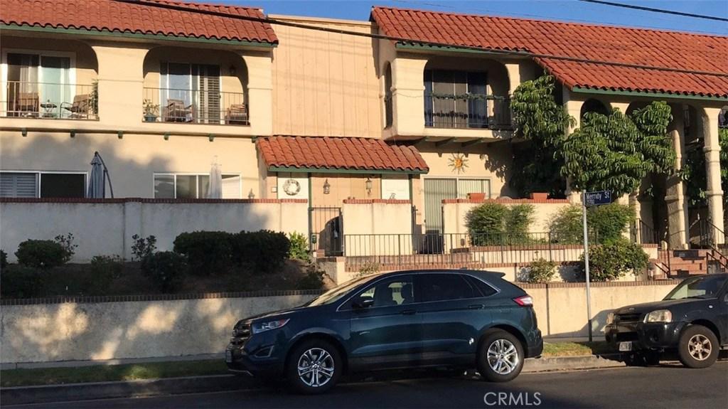 Photo of 10030 OWENSMOUTH AVENUE #11, Chatsworth, CA 91311
