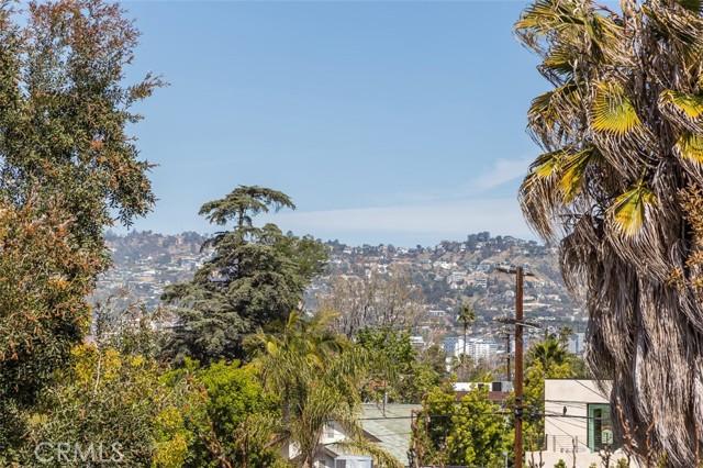 27. 6402 Lindenhurst Avenue Los Angeles, CA 90048