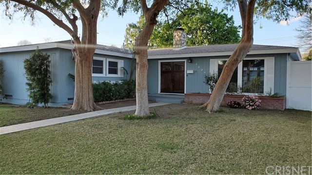 22233 Criswell Street, Woodland Hills, CA 91303