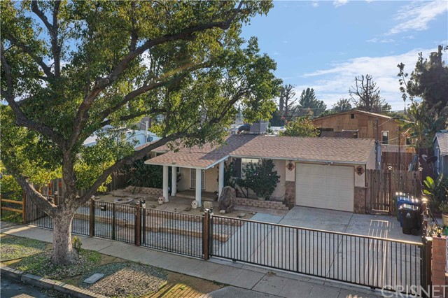8119 Cantaloupe Avenue, Panorama City, CA 91402