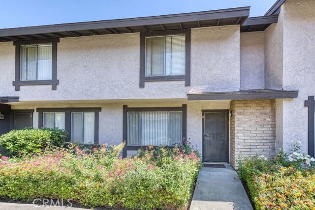 7540 Corbin Avenue 6, Reseda, CA 91335