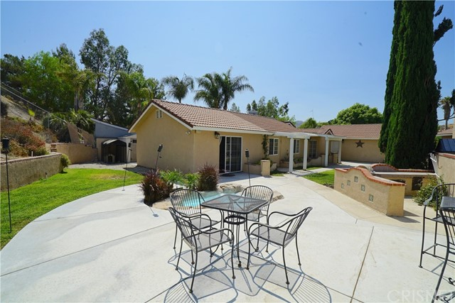 14. 15257 Carla Court Canyon Country, CA 91387