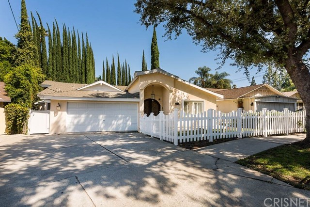 4934 Swinton Avenue, Encino, CA 91436