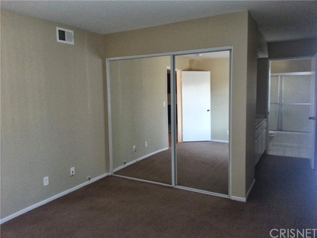 11350 Foothill Bl, Lakeview Terrace, CA 91342 Photo 24