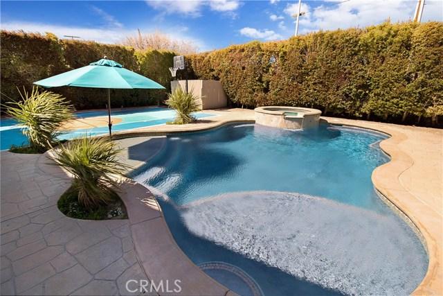 22107 Heidemarie Street, Chatsworth, CA 91311