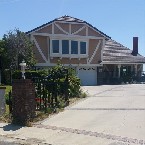 Photo of 11701 Monte Leon Way, Northridge, CA 91326