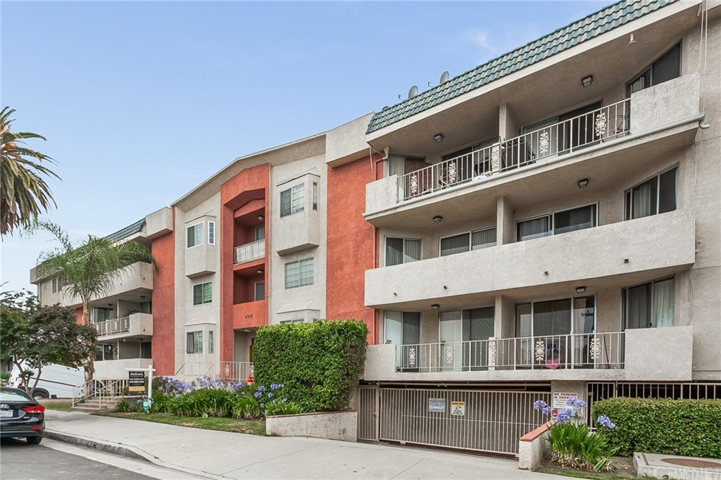 Photo of 4705 KESTER Avenue #215, Sherman Oaks, CA 91403