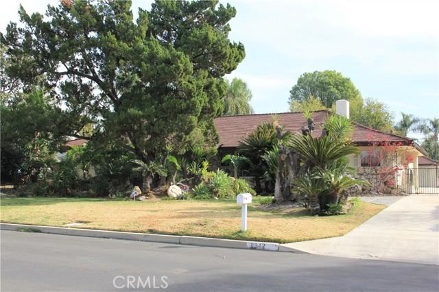 8942 Oak Park Av, Sherwood Forest, CA 91325 Photo 1