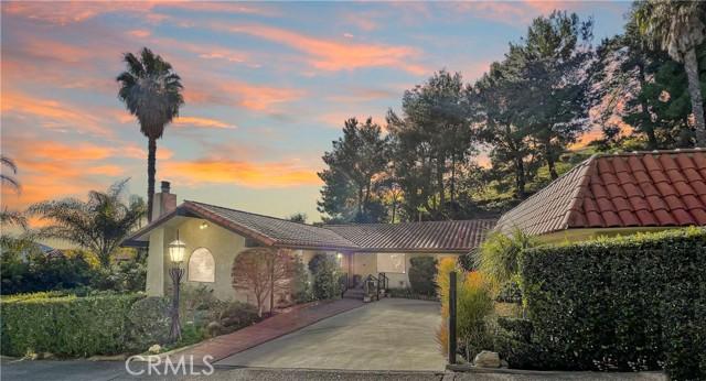 1035 Vista Grande Street, Burbank, CA 91501