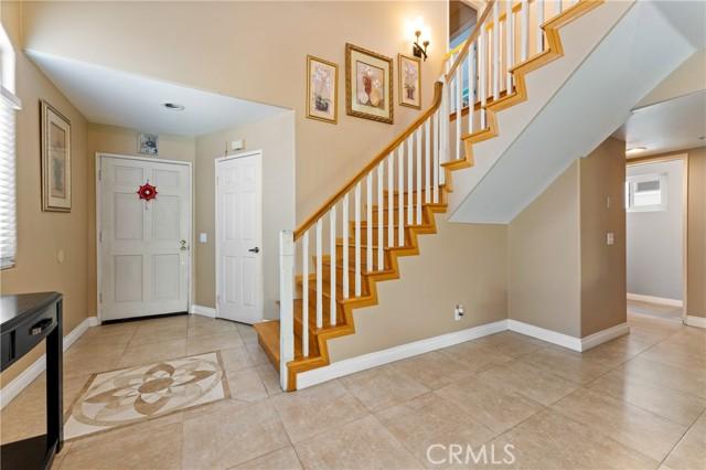 5. 15025 Portofino Lane #10 North Hills, CA 91343