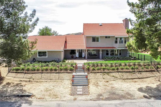 Photo of 30541 Remington Road, Castaic, CA 91384
