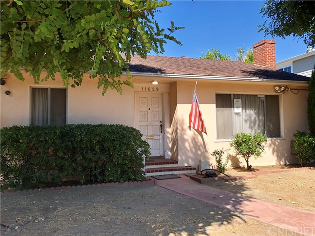 Photo of 11629 Morrison Street, Valley Village, CA 91601