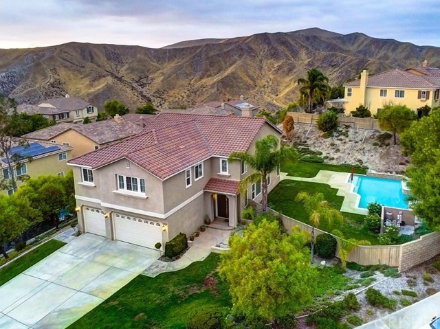 17195 Summit Hills Drive, Canyon Country, CA 91387