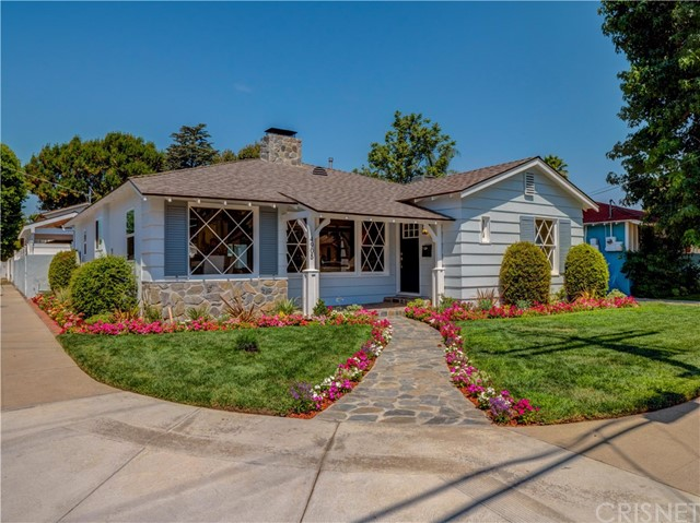 4905 Van Noord Avenue, Sherman Oaks, CA 91423