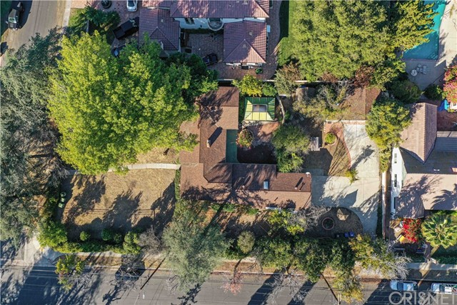 6200 Allott Avenue, Valley Glen, CA 91401