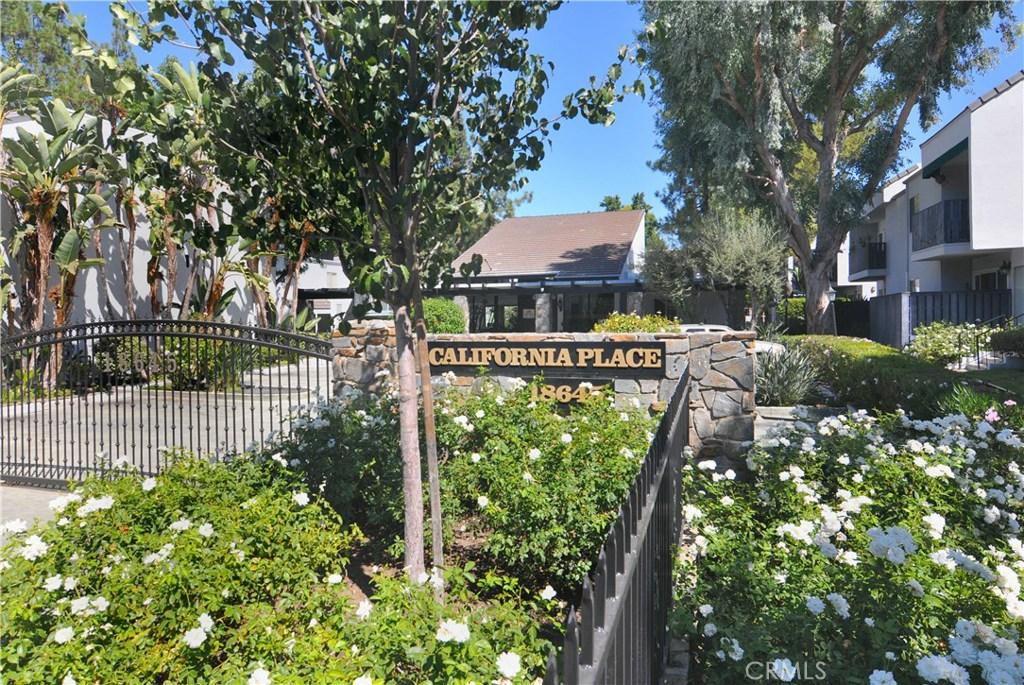Photo of 18645 HATTERAS Street #216, Tarzana, CA 91356