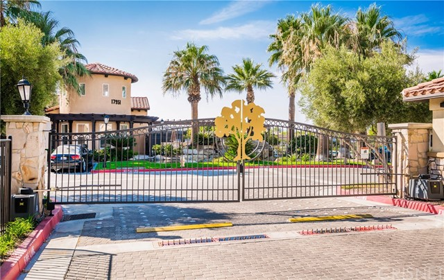 17945 Lost Canyon Road 15, Canyon Country, CA 91387