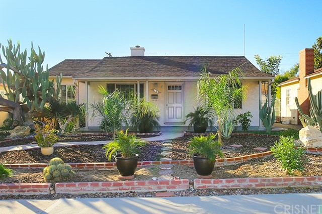 1821 N Naomi Street, Burbank, CA 91505