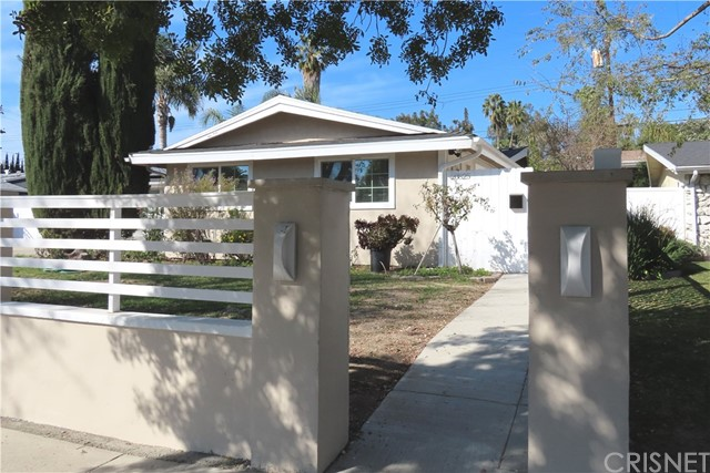 Photo of 20825 Martha Street, Woodland Hills, CA 91367