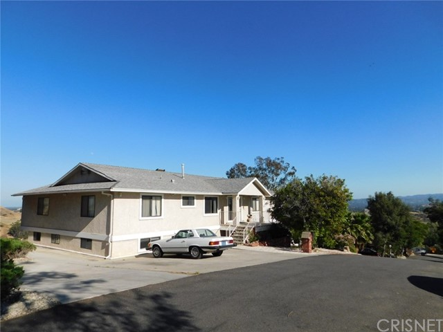 260 THOMPSON Avenue, Chatsworth, CA 91311