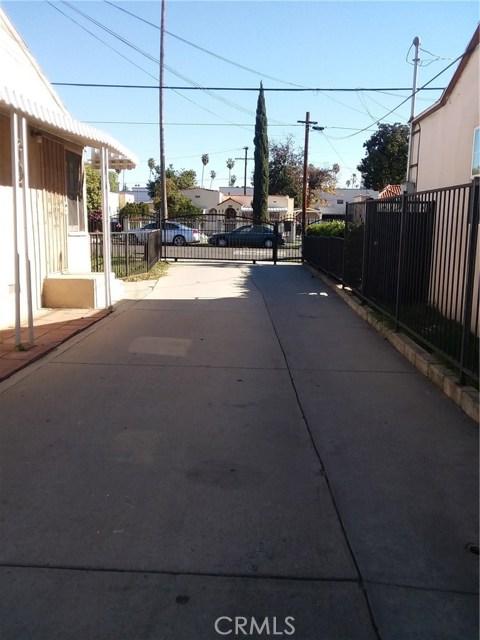 6617 Vesper Avenue, Van Nuys, CA 91405