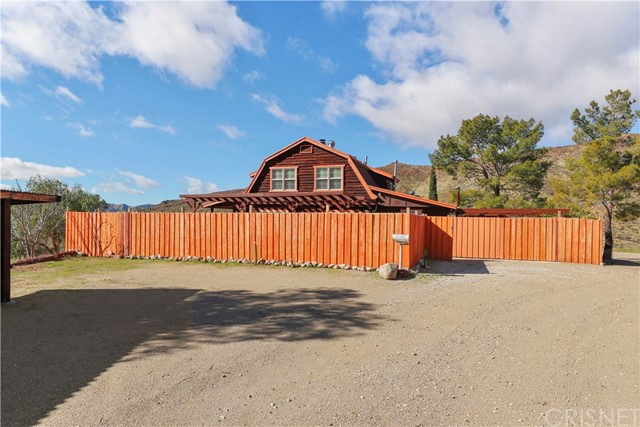 31820 Hughes Canyon Road, Acton, CA 93510