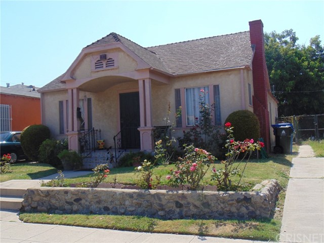 5947 S Van Ness Avenue, Los Angeles, CA 90047
