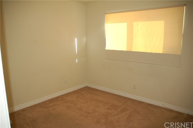 Image 8 of 17812 Silverstream Dr, Canyon Country, CA 91387