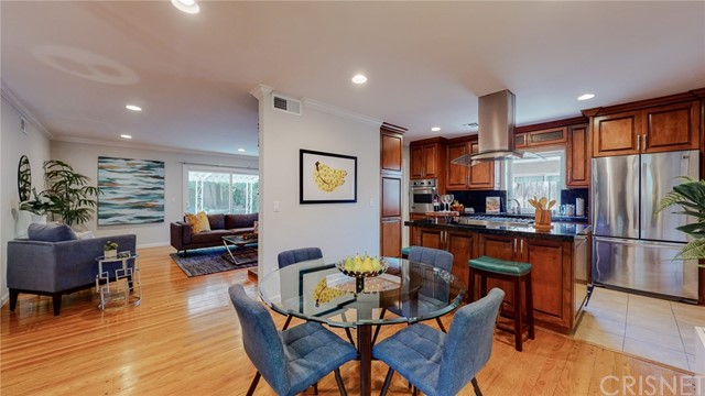 Photo of 22334 Criswell Street, Woodland Hills, CA 91303