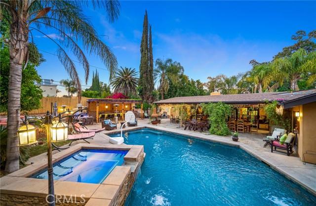 3. 5511 Fenwood Avenue Woodland Hills, CA 91367
