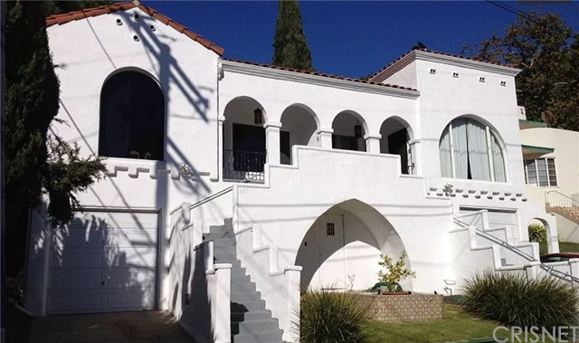 4249 Newdale Drive, Los Angeles, CA 90027