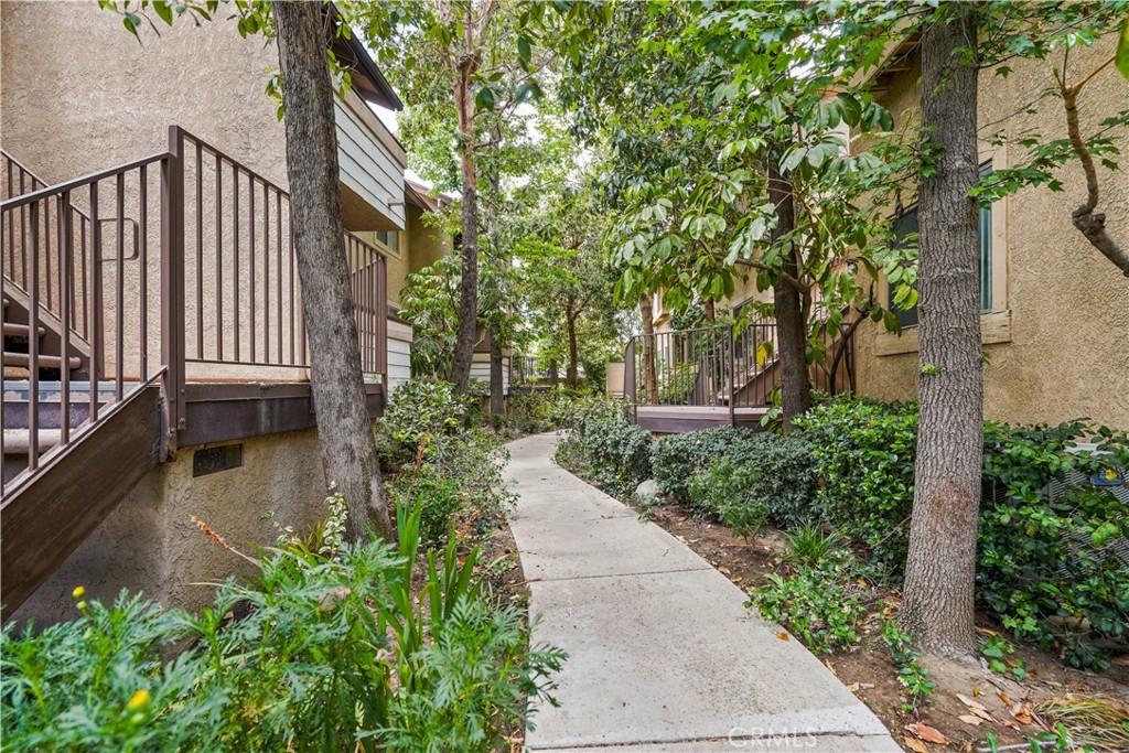10231     De Soto Avenue   B, Chatsworth CA 91311