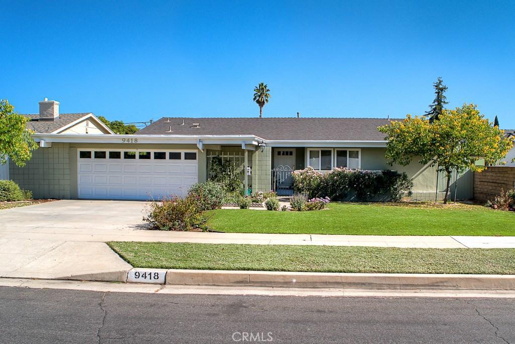 Photo of 9418 GERALD Avenue, Northridge, CA 91343